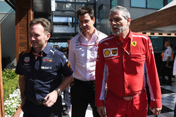 Christian Horner, Red Bull Racing Team Principal, Toto Wolff, Mercedes AMG F1 Director of Motorsport and Maurizio Arrivabene, Ferrari Team Principal