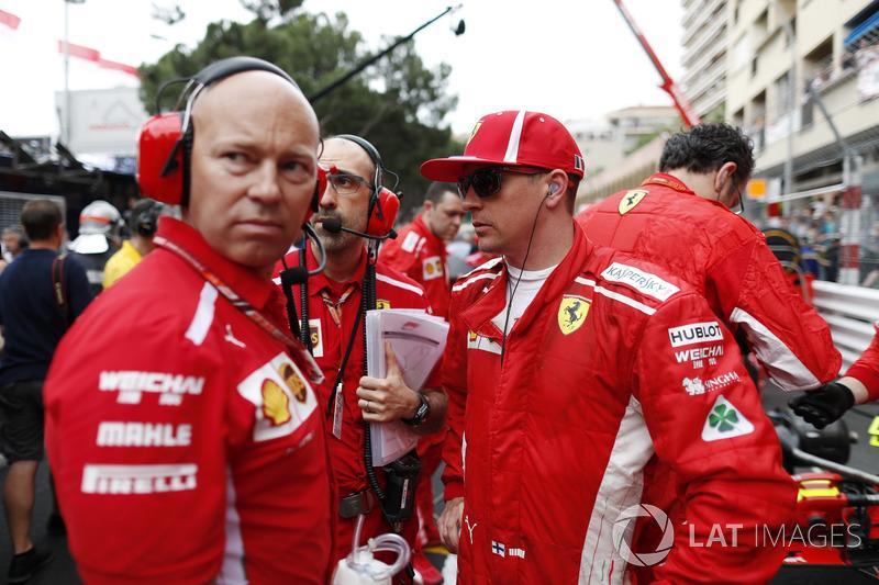 Kimi Raikkonen, Ferrari, en la parilla