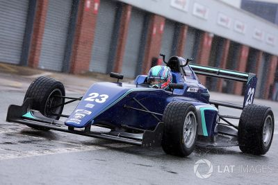 Pruebas de Billy Monger Carlin