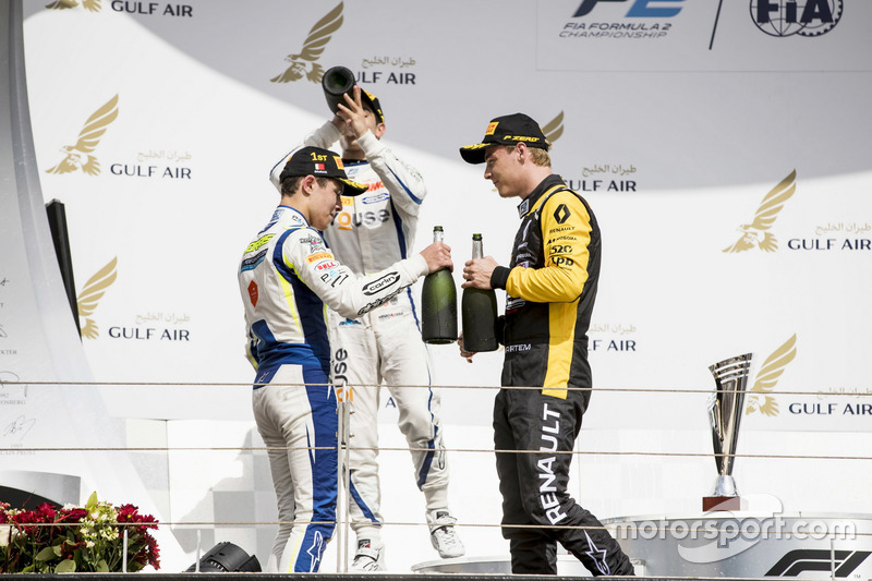 Podium: second place Sergio Sette Camara, Carlin, Race winner Lando Norris, Carlin, third place Artem Markelov, RUSSIAN TIME