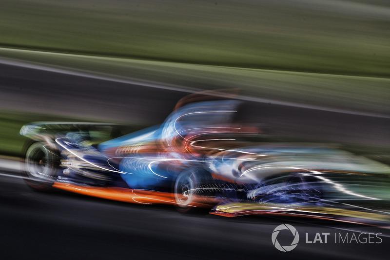 "27. <img src=""https://cdn-8.motorsport.com/static/img/cfp/0/0/0/200/228/s3/united_states-2.jpg"" alt="""" width=""20"" height=""12"" />Джей-Ар Хильдебранд, Dreyer & Reinbold Racing Chevrolet"
