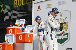 #67 Chip Ganassi Racing Ford GT, GTLM: Райан Бріско, Річард Вестбрук, Скотт Діксон, шампанське
