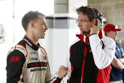 #991 Craft Bamboo Racing Porsche 911 GT3 R: Earl Bamber and  Dr. Frank-Steffen Walliser, Porsche-Motorsport