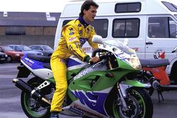 Michael Schumacher, Benetton, sulla sua Kawasaki ZXR400