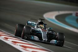 Lewis Hamilton, Mercedes F1 W08