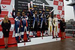 Podyum GT3: Yarış galibi #75 Optimum Motorsport Aston Martin V12 Vantage GT3: Flick Haigh, Jonny Adam, 2. #99 Beechdean AMR Aston Martin V12 Vantage GT3: Andrew Howard, Darren Turner, 3. #116 ERC Sport Mercedes-AMG GT3: Lee Mowle, Yelmer Buurman