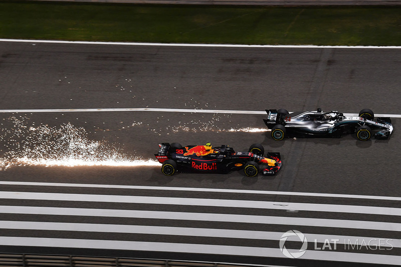 Lewis Hamilton, Mercedes-AMG F1 W09 EQ Power+ and Max Verstappen, Red Bull Racing RB14 battle