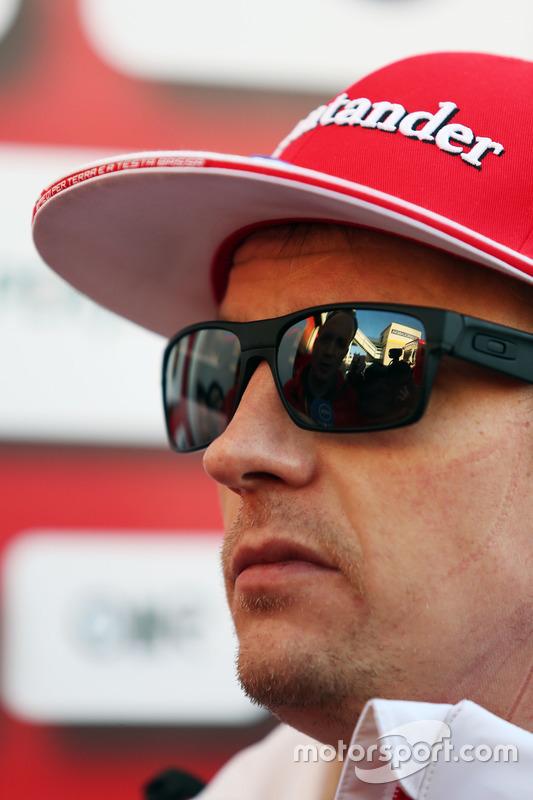 Kimi Raikkonen, Ferrari met de media