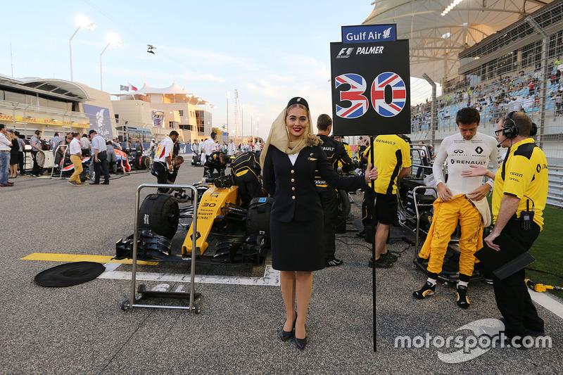 Chica de la parrilla para Jolyon Palmer, Renault Sport F1 Team