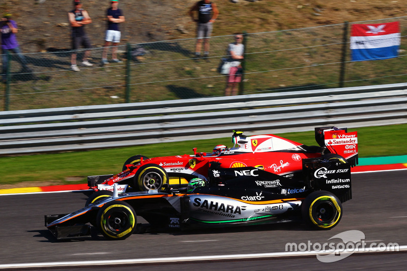 Nico Hulkenberg, Sahara Force India F1 VJM09 e Kimi Raikkonen, Ferrari SF16-H