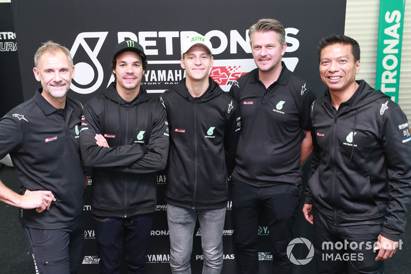 Wilco Zeelenberg, Franco Morbidelli, Fabio Quartararo, Johan Stigefelt, Razlan Razali (Petronas Yamaha SRT)
