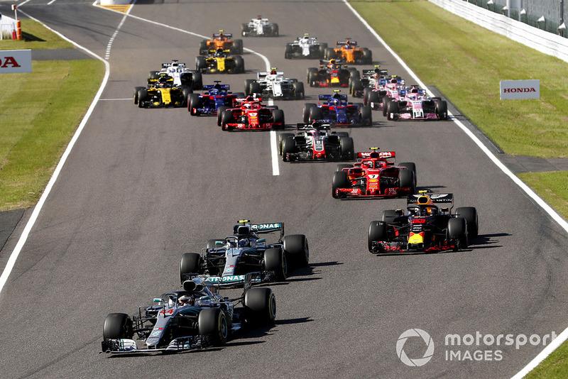 Lewis Hamilton, Mercedes-AMG F1 W09 startta lider