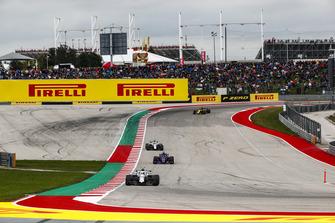 Sergey Sirotkin, Williams FW41, Brendon Hartley, Toro Rosso STR13, Lance Stroll, Williams FW41, y Carlos Sainz Jr., Renault Sport F1 Team R.S. 18
