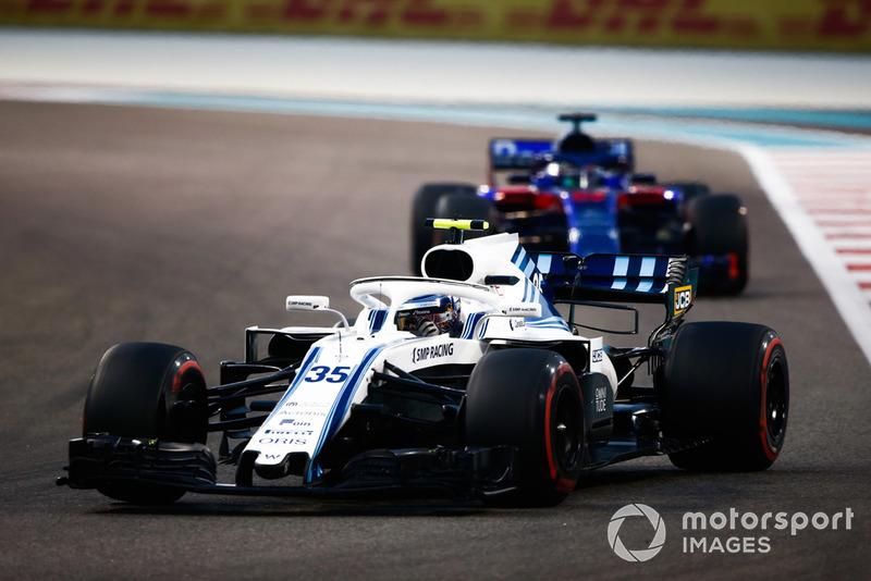 Sergey Sirotkin, Williams FW41 devant Brendon Hartley, Toro Rosso STR13