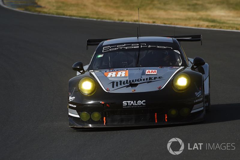 #88 Proton Competition, Porsche 911 RSR: Stéphane Lemeret, Klaus Bachler, Khaled Al Qubaisi