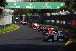 Lewis Hamilton, Mercedes AMG F1, W08; Sebastian Vettel, Ferrari, SF70H; Valtteri Bottas, Mercedes AMG F1, W08; Kimi Räikkönen, Ferrari, SF70H; Max Verstappen, Red Bull Racing, RB13