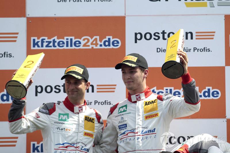 2. #2 Montaplast by Land-Motorsport, Audi R8 LMS: Jeffrey Schmidt, Christopher Haase