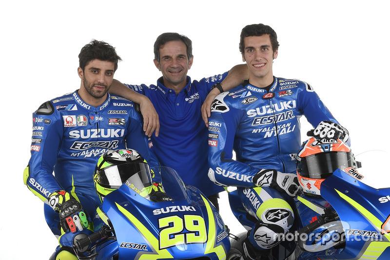 Andrea Iannone, Alex Rins and Davide Brivio, Team Manager, Team Suzuki Ecstar MotoGP