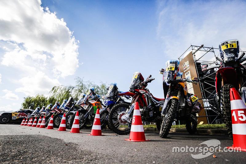 Bikes ready for the Start Podium