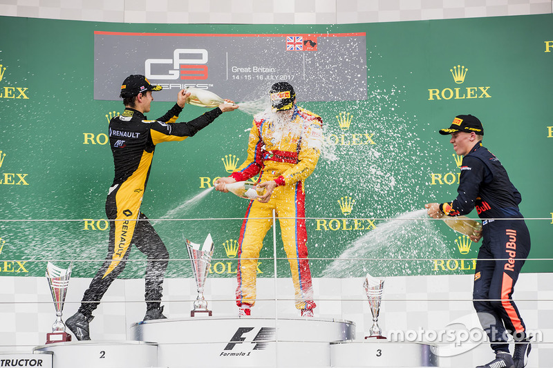 Podium: 1. Giuliano Alesi, Trident; 2. Jack Aitken, ART Grand Prix; 3. Niko Kari, Arden Internationa