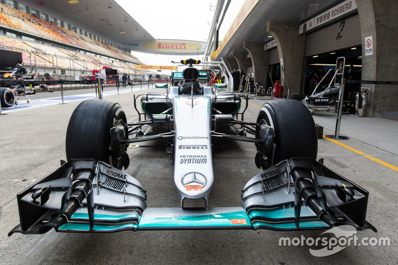 Mercedes-Benz AMG F1 W07 Hybrid