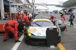 Pit stop #55 AF Corse Ferrari F458 Italia: Duncan Cameron, Matt Griffin, Aaron Scott
