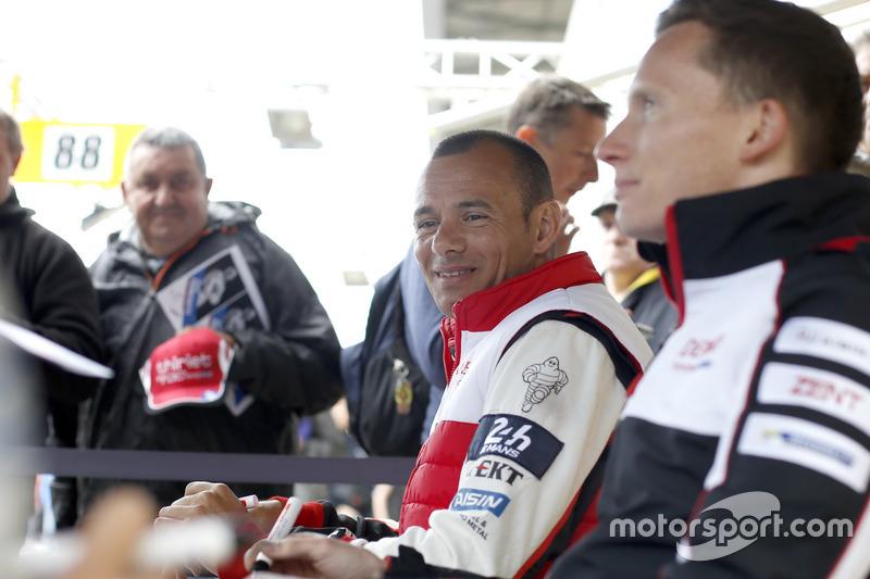 #6 Toyota Racing Toyota TS050 Hybrid: SСтефан Сарразан, Майк Конвей