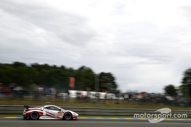 #60 Formula Racing Ferrari 458 Italia: Крістіна Нільсен, Міккель Мак, Джонні Лаурсен