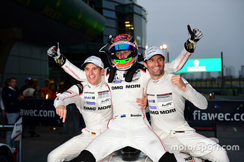 الفائز بالسباق رقم 1 فريق بورشه 919 الهجينة: تيمو بيرنهارد، مارك ويبر، برندون هارتلي