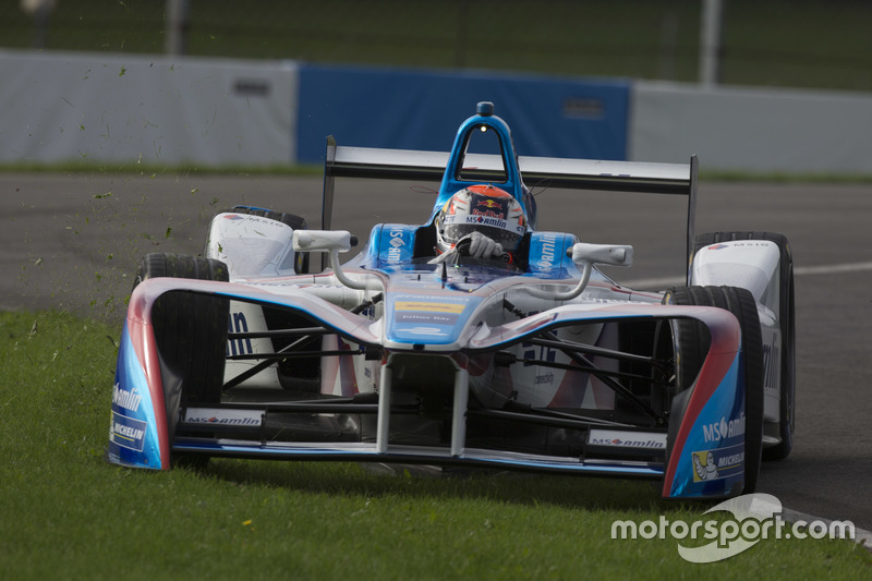 Antonio Felix da Costa, Amlin Andretti Formula E Team, goes wide