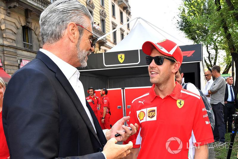 Maurizio Arrivabene, Ferrari Team Principal y Sebastian Vettel, Ferrari