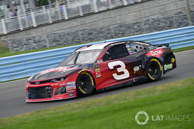 24. Austin Dillon, Richard Childress Racing, Chevrolet Camaro Dow