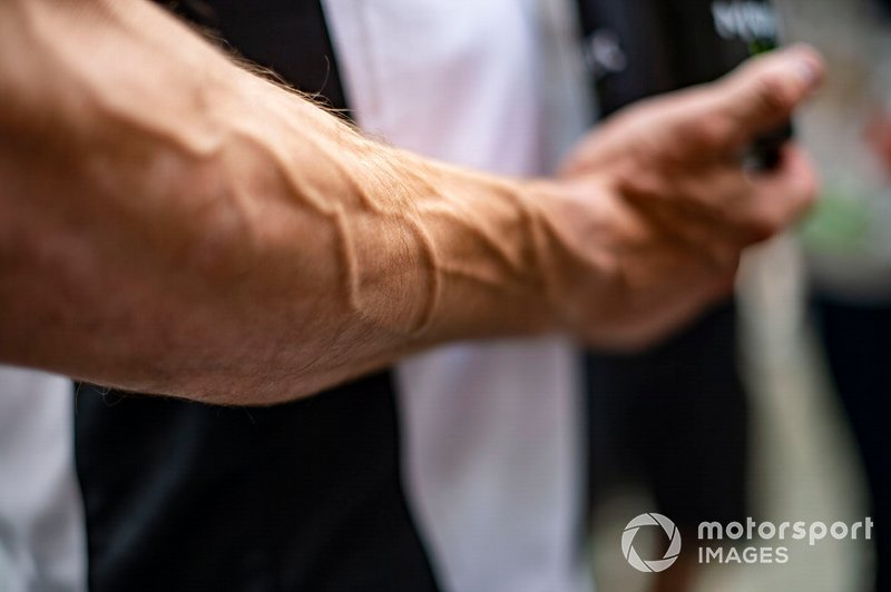 Рука Кела Кратчлоу, LCR Honda Castrol
