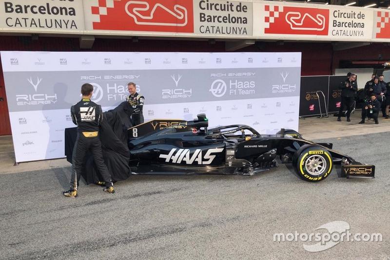 Kevin Magnussen, Haas F1 Team, Romain Grosjean, Haas F1 Team, presentan el nuevo Haas VF-19