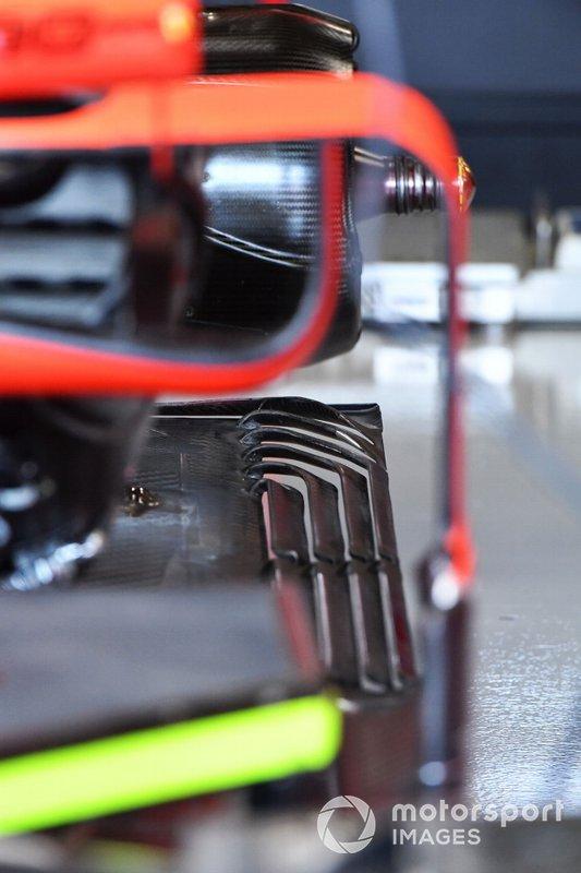 Dettagli fondo della Ferrari SF90