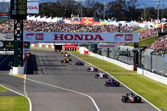 Romain Grosjean, Haas F1 Team VF-18 et Pierre Gasly, Scuderia Toro Rosso STR13