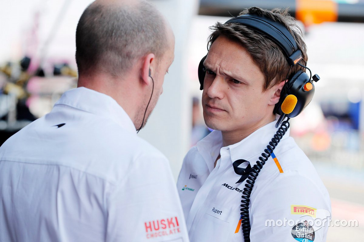 Rupert Manwaring, performance coach of Carlos Sainz Jr.