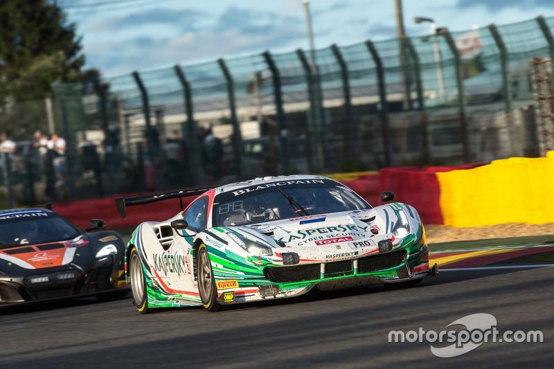 #55 Kaspersky Motorsport Spirit Of Race Ferrari 488 GT3: Джанкарло Фізікелла, Марко Чочі, Джеймс Кал
