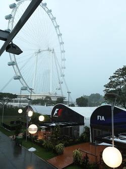 أمطار في بادوك الفورمولا واحد في سنغافورة