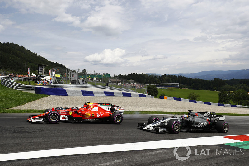 Кими Райкконен, Ferrari SF70H, Даниэль Риккардо, Red Bull Racing RB13, Ромен Грожан, Haas F1 Team VF-17