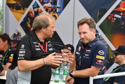 Robert Fearnley, Sahara Force India F1 Team Deputy Team Principal and Christian Horner, Red Bull Racing Team Principal