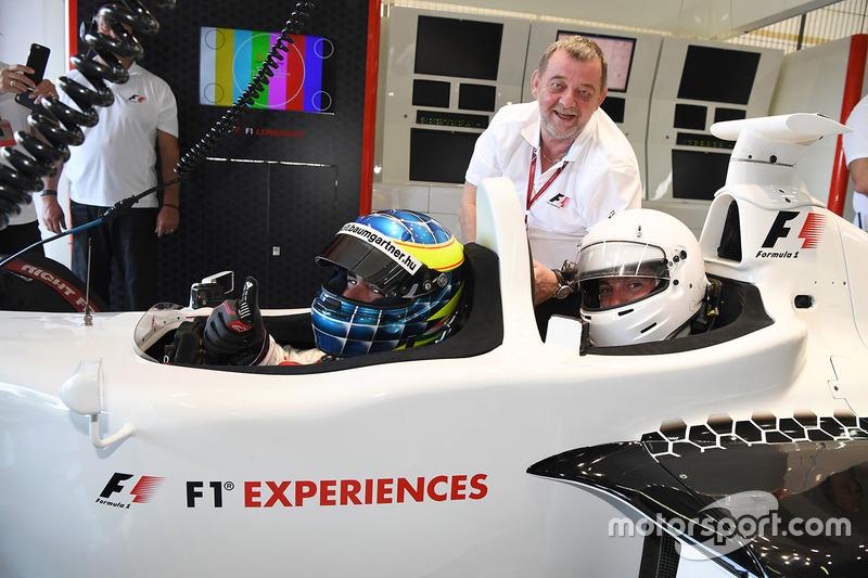 Paul Stoddart, Zsolt Baumgartner, F1 Experiences 2-Seater driver and F1 Experiences 2-Seater passenger Will Buxton, NBC TV Presenter