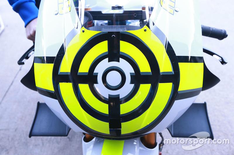 Detalle de la moto de Andrea Iannone, Team Suzuki MotoGP