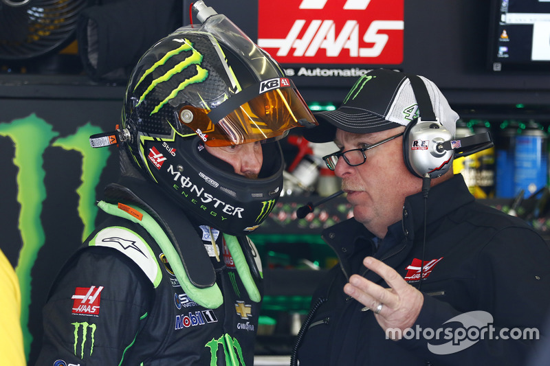 Kurt Busch, Stewart-Haas Racing Chevrolet with crew chief Tony Gibson