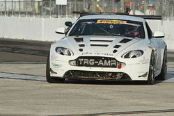 Aston Martin в дії