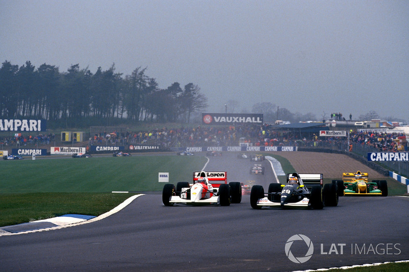 Karl Wendlinger, Sauber et Michael Andretti, Mclaren Ford entrent en contact