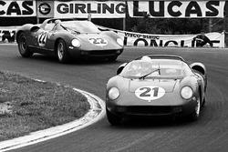 Ludovico Scarfiotti, Lorenzo Bandini, Ferrari 250P ahead of Mike Parkes, Umberto Maglioli, Ferrari 250P