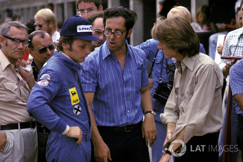 Niki Lauda, Ferrari, talks with Mauro Forghieri, Ferrari Designer and Luca di Montezemolo, Ferrari T