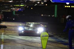 #69 Ford Chip Ganassi Racing Ford GT: Ryan Briscoe, Richard Westbrook, Scott Dixon, pit stop