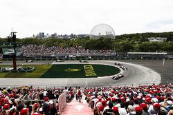 Кевин Магнуссен, Haas F1 Team VF-18, Серхио Перес, Sahara Force India F1 VJM11, и Пьер Гасли, Scuderia Toro Rosso STR13